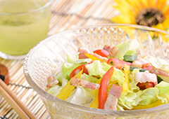 ソフトベーコンと夏野菜のぶっかけ素麺