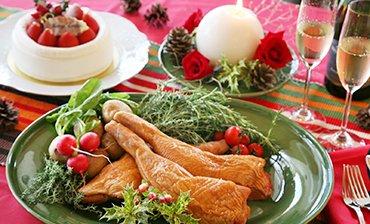今年はどこにする?国産のクリスマスチキンが希少な時代に。