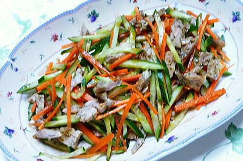 鶏せせり香草焼のサラダ