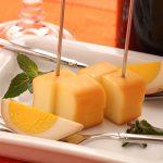 国産の美味しいおつまみ燻製、スモークチーズ
