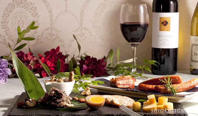 ワイン好きへのクリスマスプレゼントにはおつまみギフト