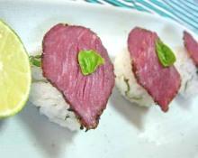 パストラミビーフの寿司