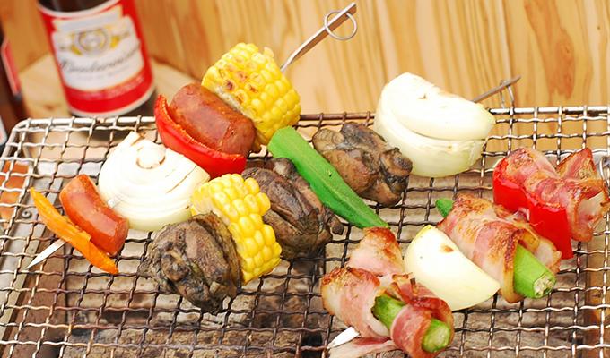 鶏炭火焼の食べ方(BBQ)