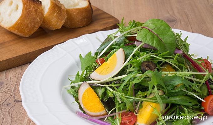 たまご燻製(くんたま)のイタリアン野菜サラダ